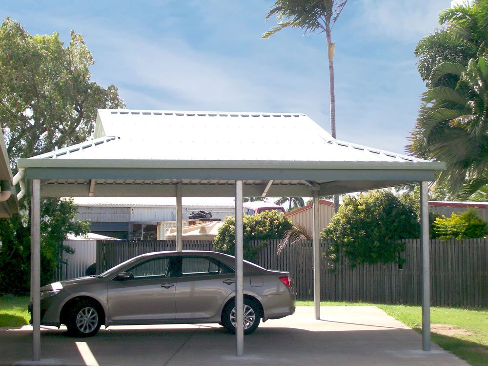 Carport protecting car from the suns strong rays